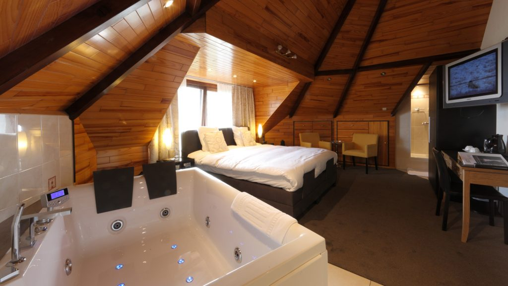 VIP Kamer 203 (Valleikant, 28 m², duo jacuzzi)