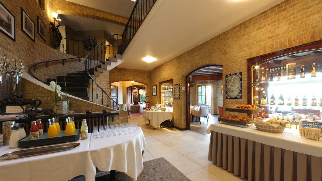 Hostellerie Kemmelberg **** organiseert dagelijks een royaal ontbijtbuffet gaande van 2 tot 200 personen.