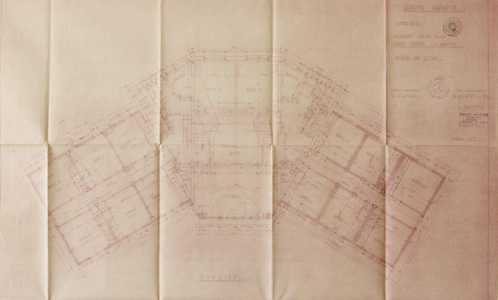 Origineel plattegrond van de eerste verdieping van Hostellerie Kemmelberg. Grosso modo werden de plannen zoals op dit plan uitgevoerd.