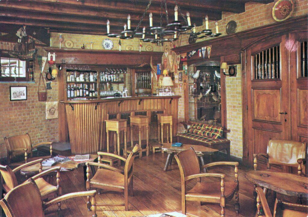 De bar van Hostellerie Kemmelberg (1965?)