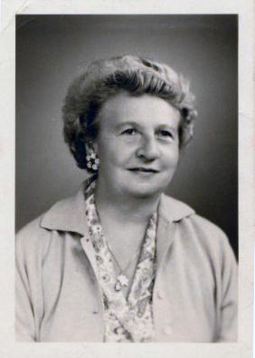 Barones Marie-Antoinette de Montalembert d'Essé, afgekort als Netty.